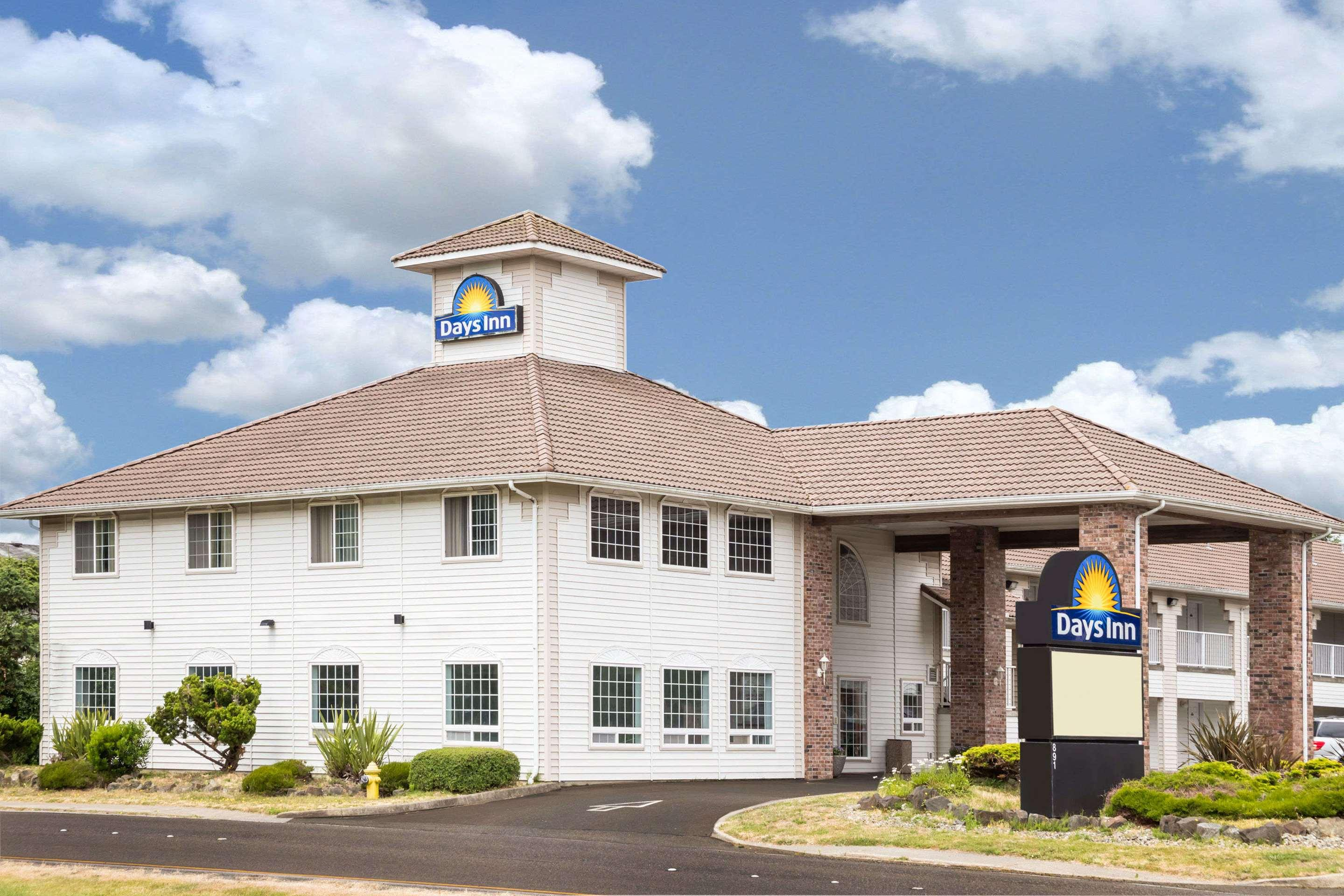 Days Inn by Wyndham Ocean Shores