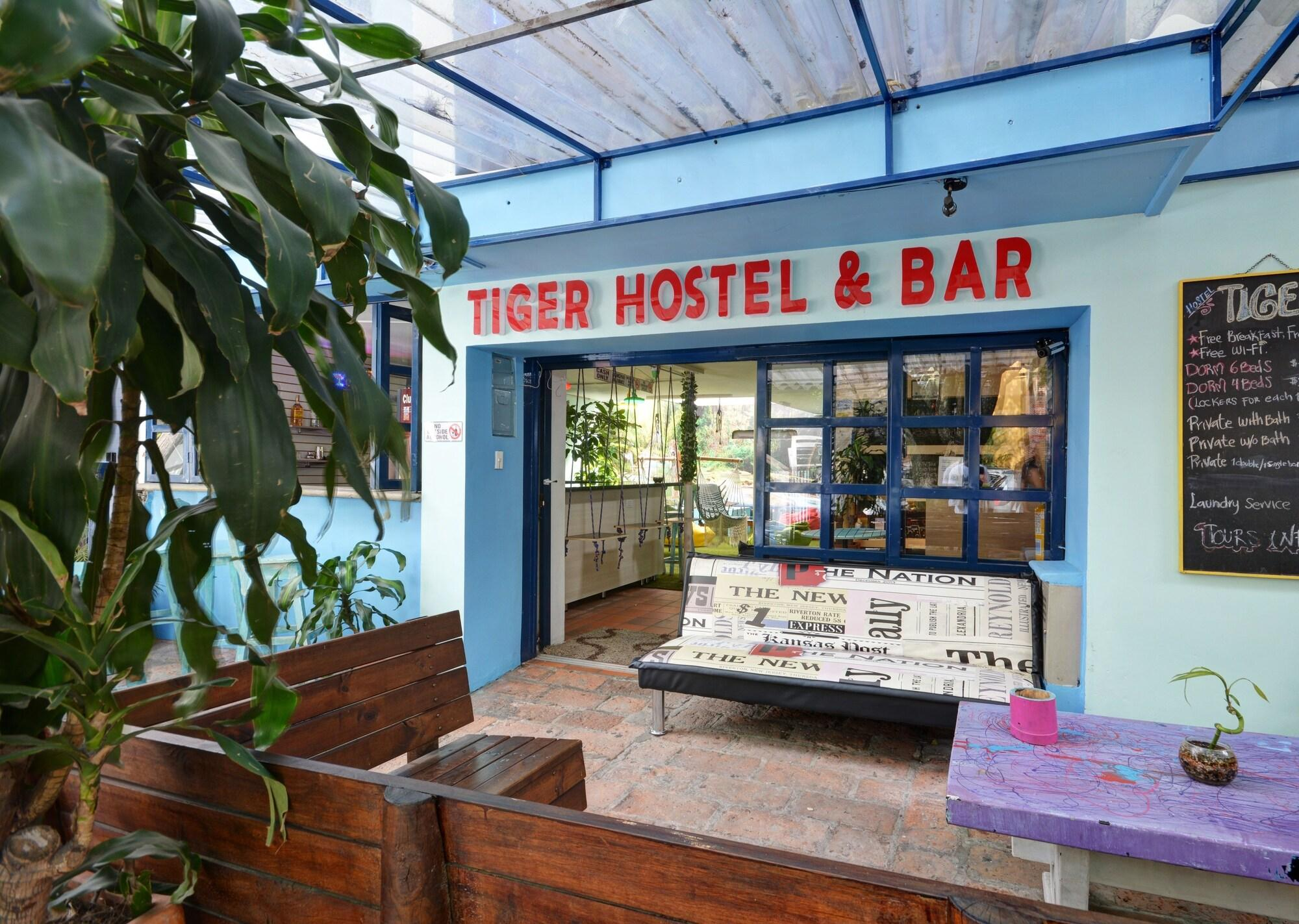 Tiger Hostel - Adults Only