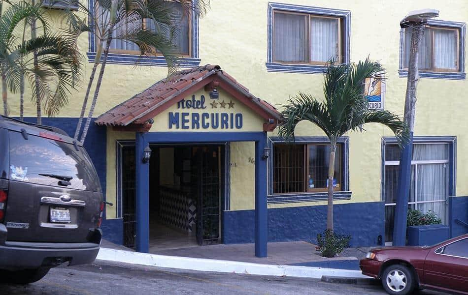 Hotel Mercurio - Caters To Gay Men