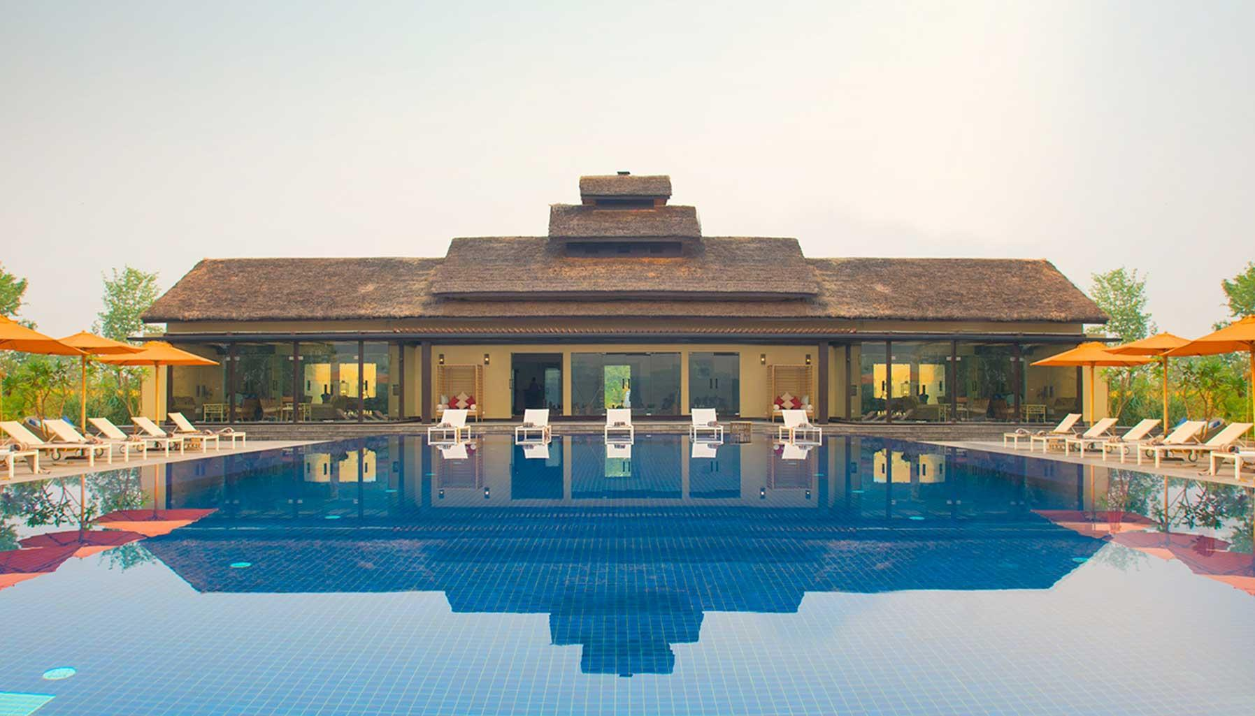 Meghauli Serai, A Taj Safari Lodge