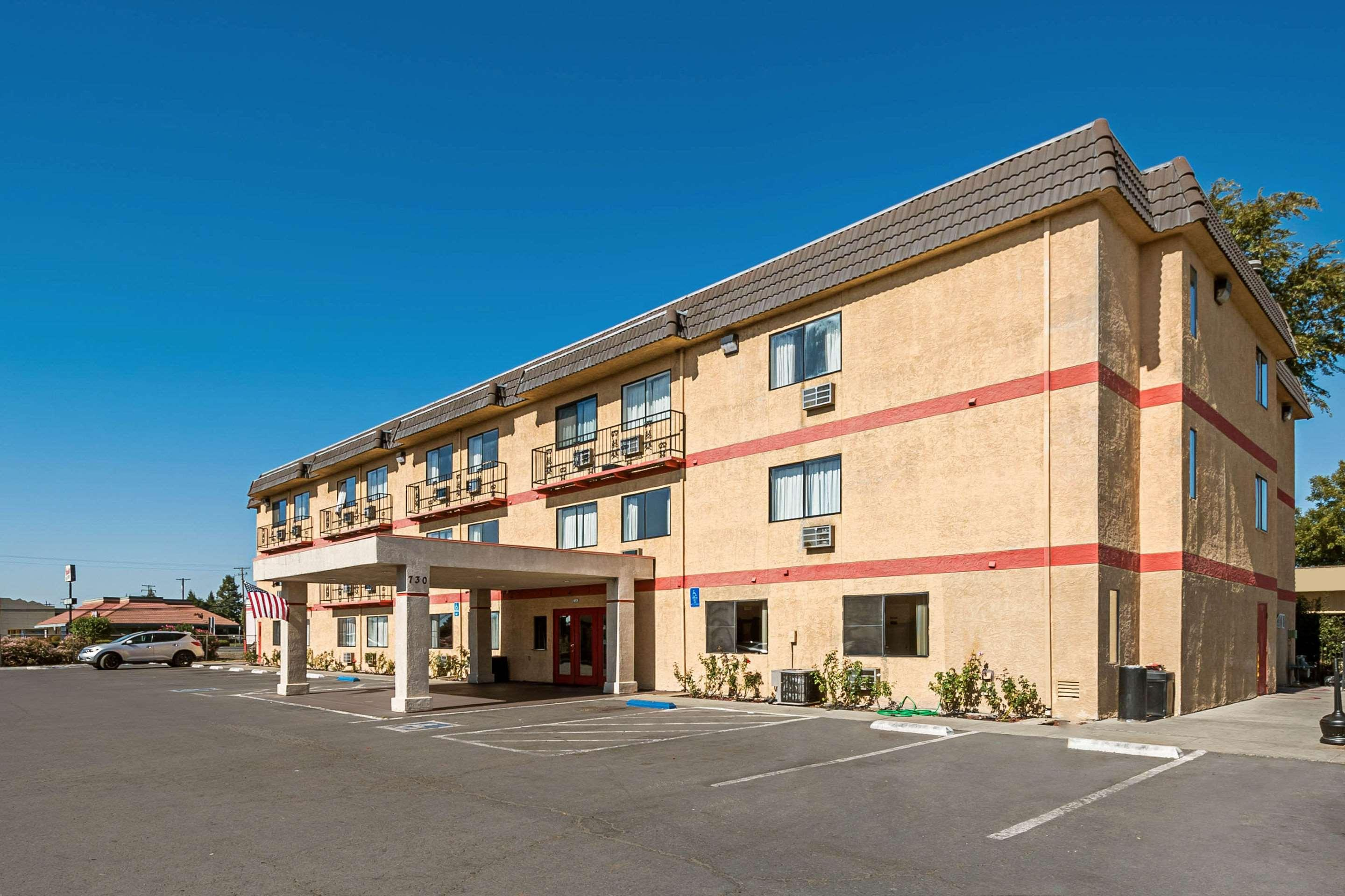 Econo Lodge Inn & Suites Yuba City