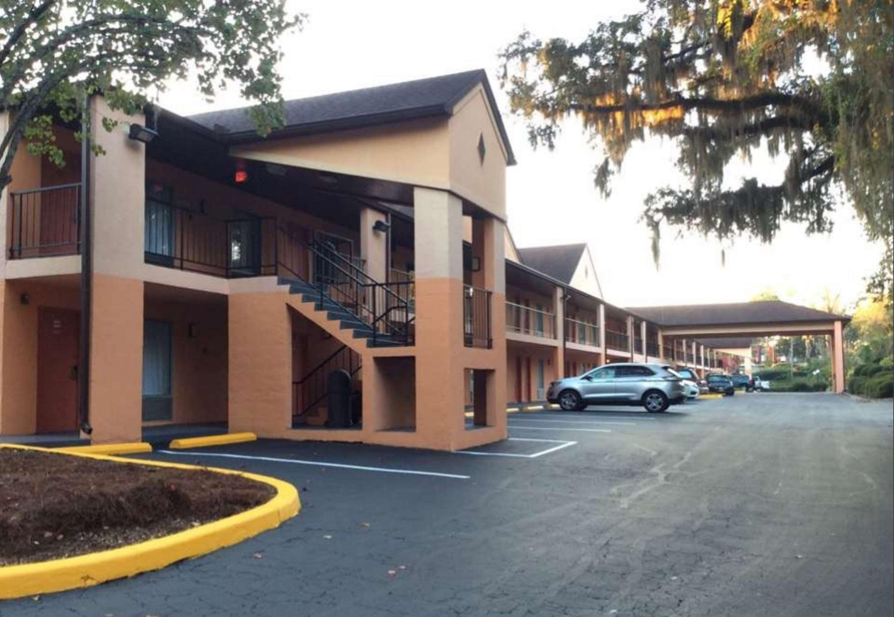 Best Western Tallahassee-Downtown Inn & Suites
