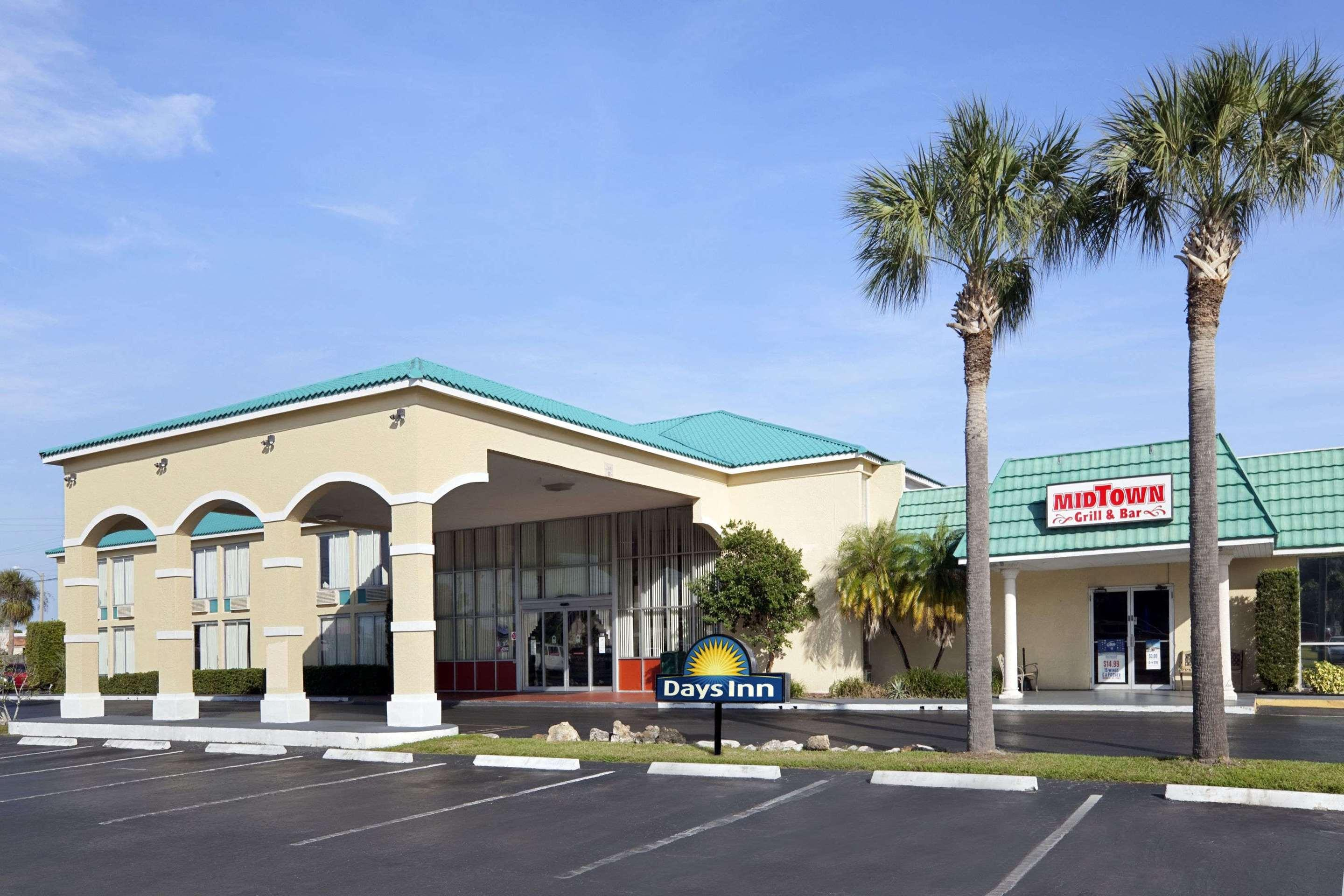Days Inn by Wyndham Fort Pierce Midtown
