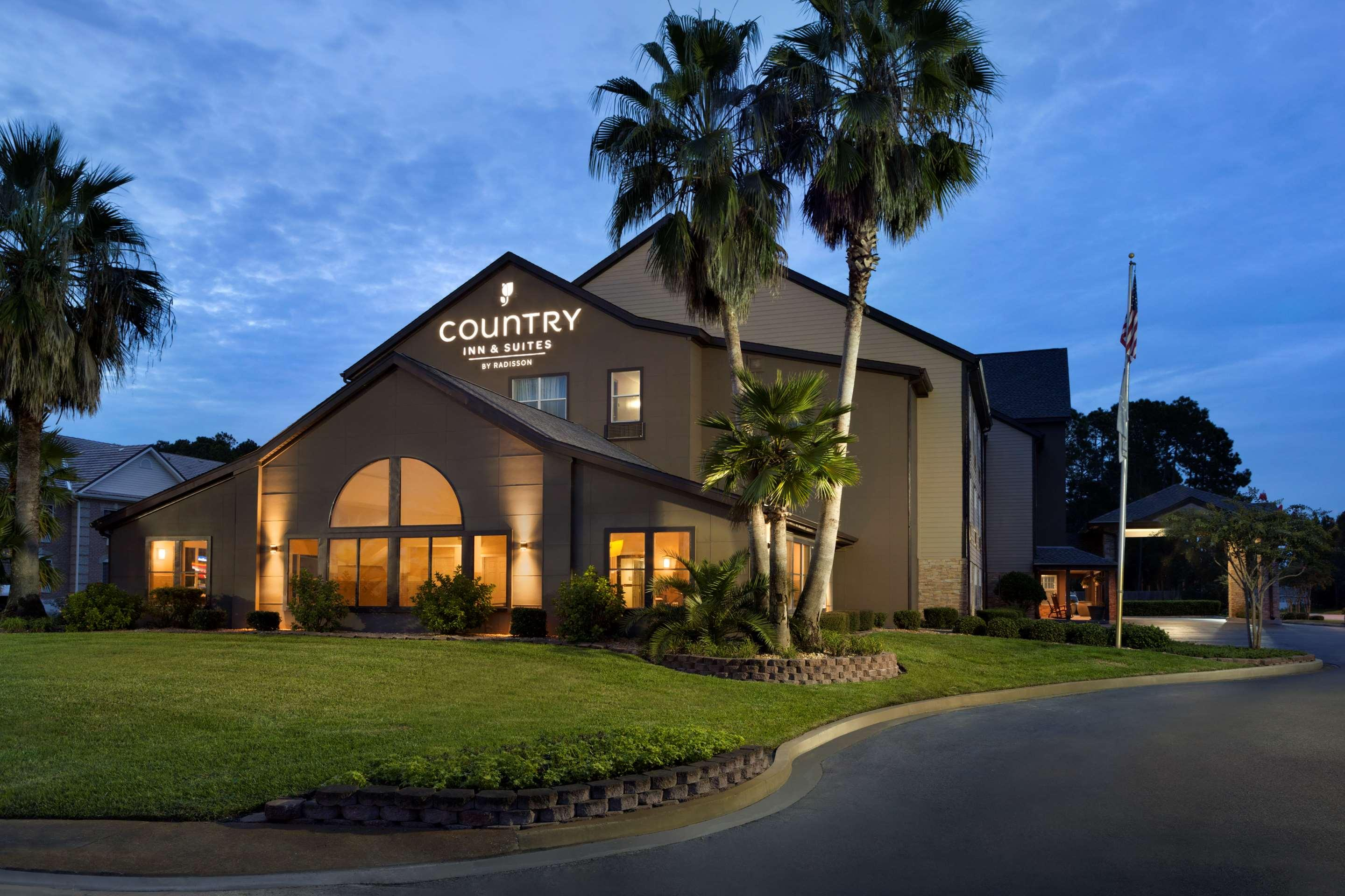 Country Inn & Suites by Radisson, Kingsland, GA