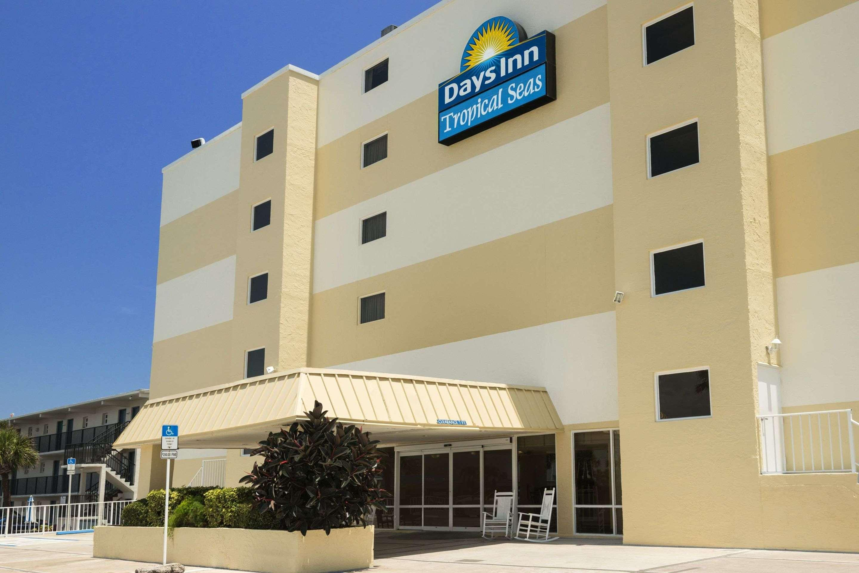 Days Inn by Wyndham Daytona Oceanfront