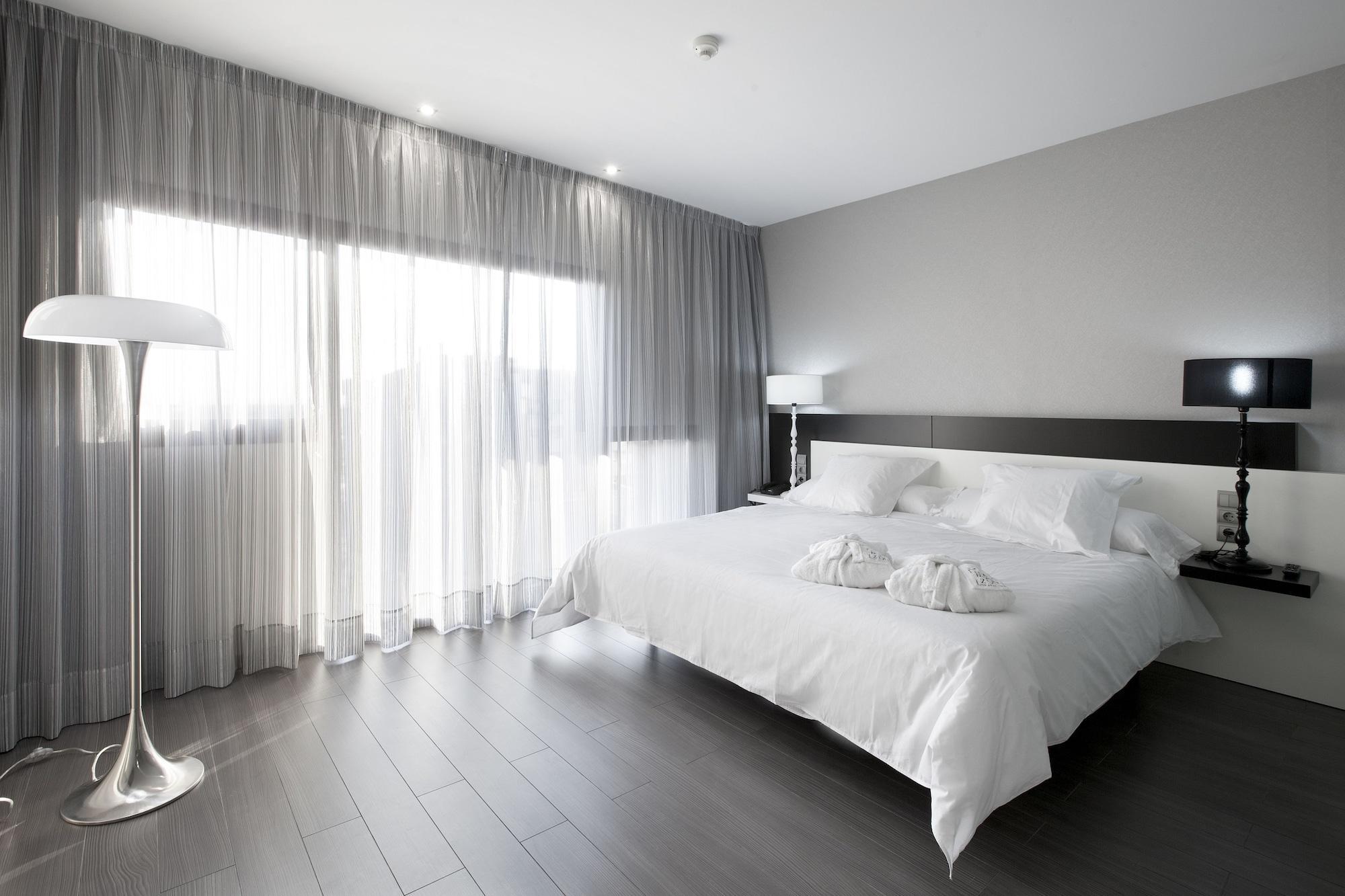 Hotel Spa Ciudad de Binefar, Binéfar - Compare Deals