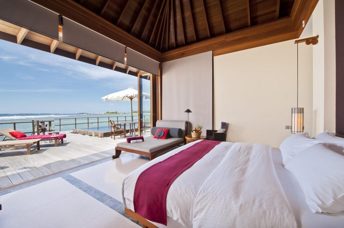 Paradise Island Resort Spa Lankanfinolhu Maldives Compare Deals