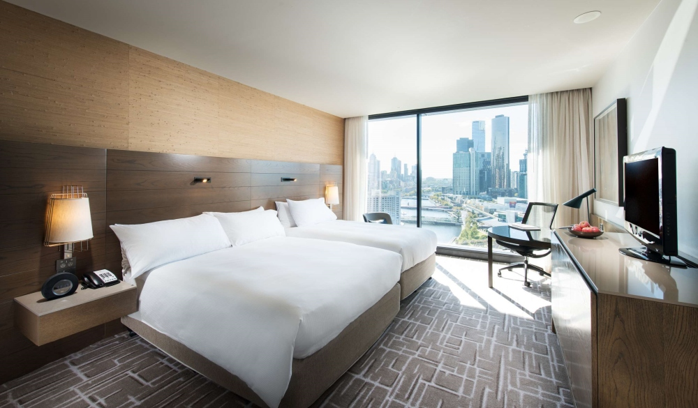 Pan Pacific Melbourne, hotel with restaurant