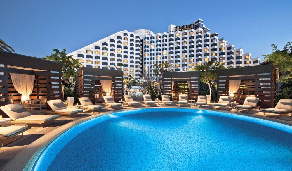 Crown Metropol Perth,, waterfront hotel