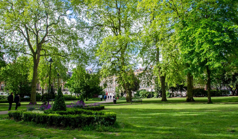 Russell Square park, London sightseeing guide
