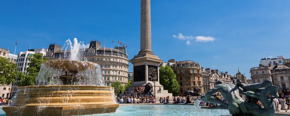 Trafalgar Square , london sightseeing guide