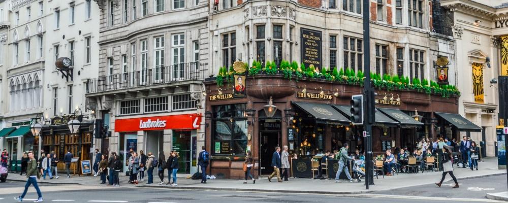 Streets of London, pub exterior