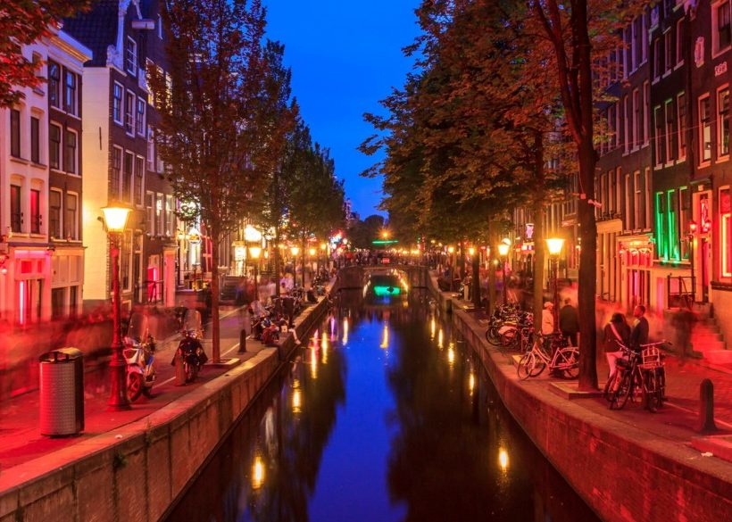 The Best of Amsterdam's Red Light District Nightlife