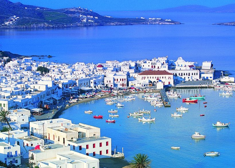 Where to Stay in Mykonos: Near the Beach or Town?