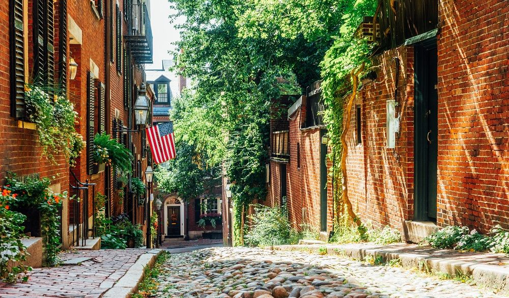 Acorn St. Typical street in Boston, part of The Boston National Historical Park