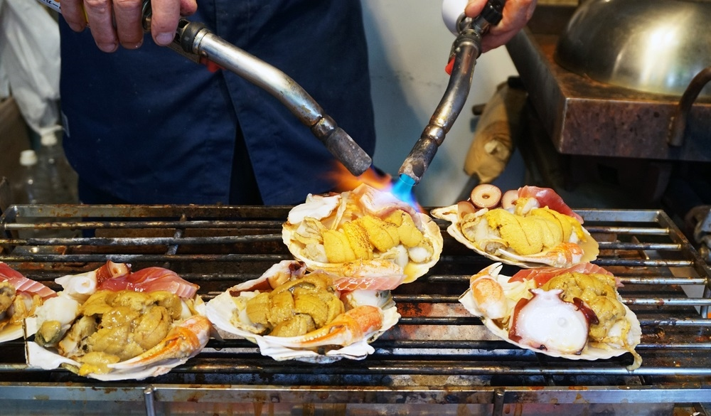 Char Grilled Seafood, top street food in Osaka