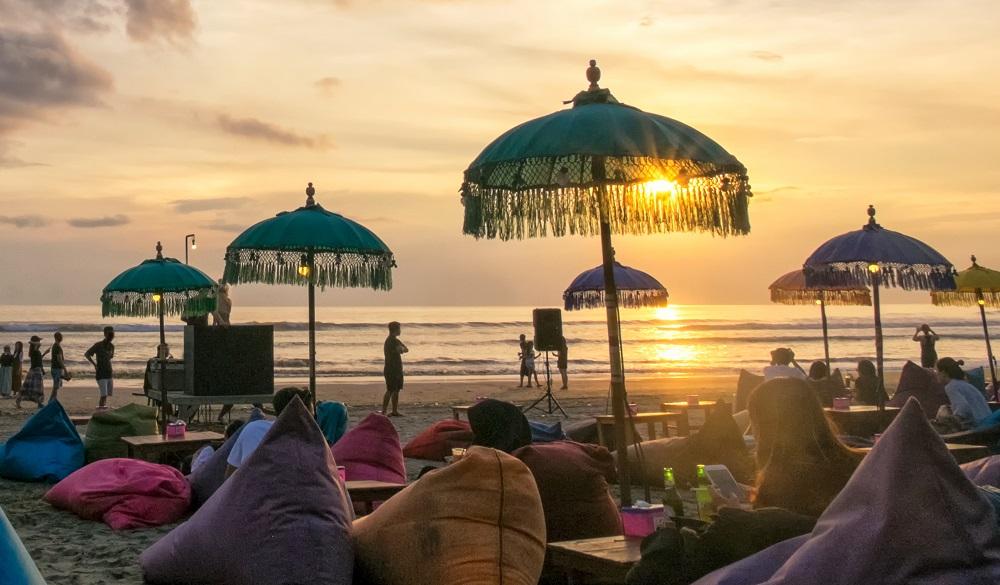 Stay in Bali Seminyak Beach