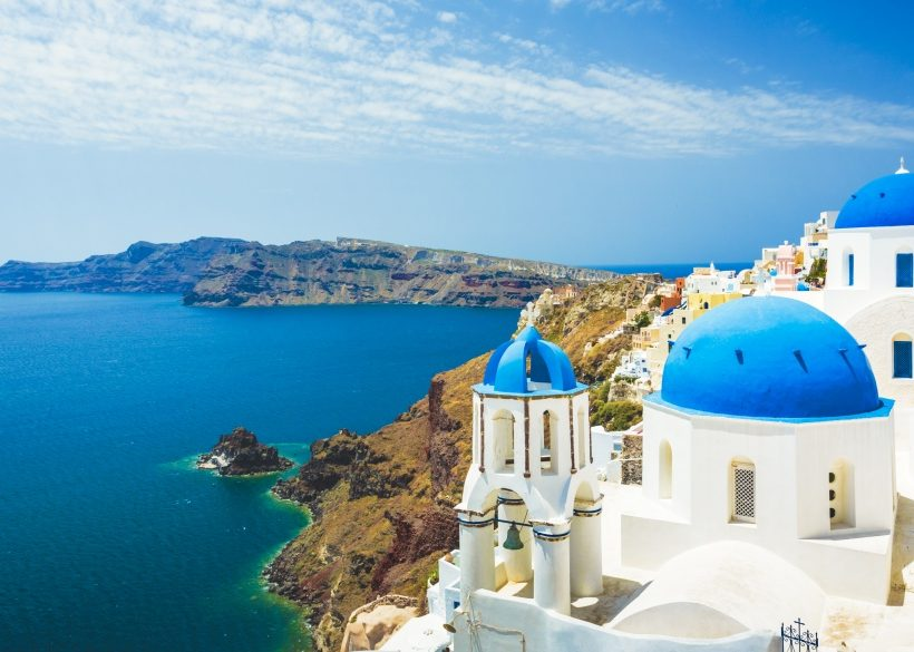 Where to Stay in Santorini: Near the Beach or Town?