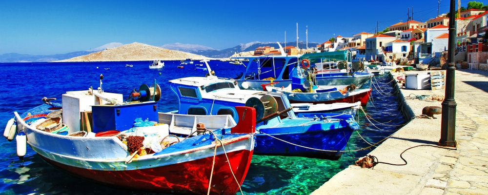 traditional fishing boats;