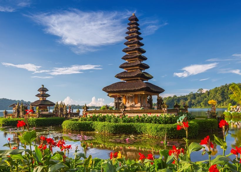 Best Indonesia Family Vacation with hotels Seeking Nature
