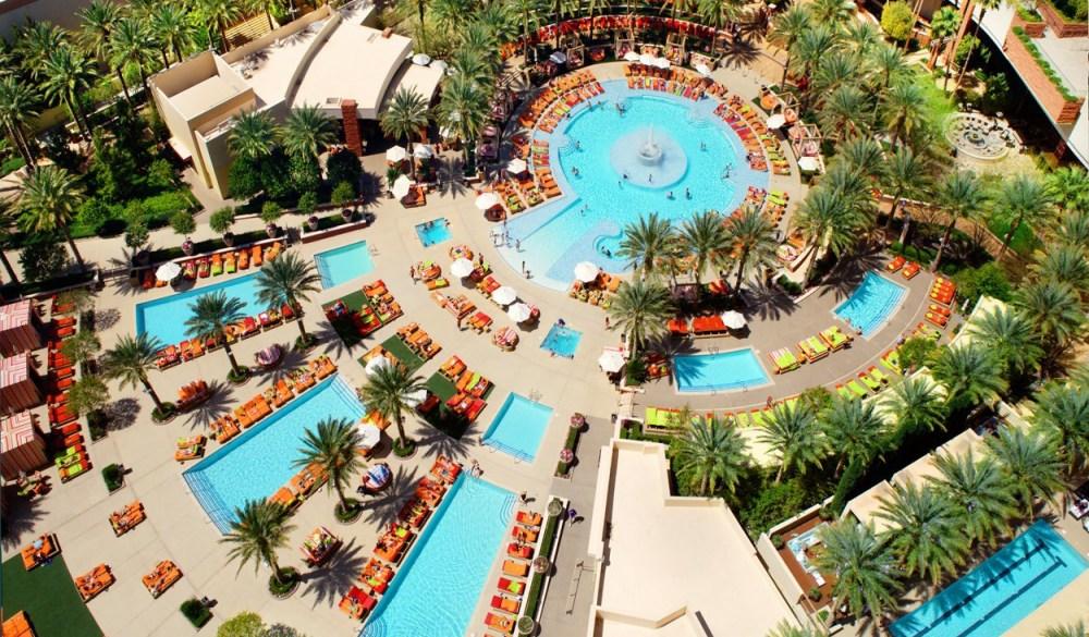 Best 16 Las Vegas Hotels For Kids Hotelscombined Best 16 Las Vegas Hotels For Kids