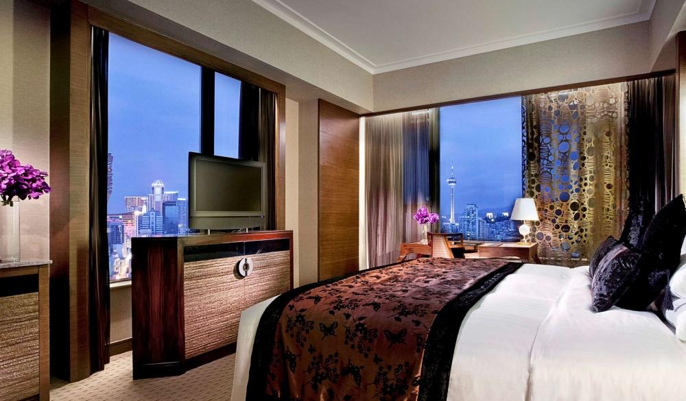 Sofitel Macau At Ponte 16, hotel and casino