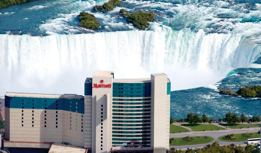Niagara Falls Marriott Fallsview Hotel & Spa, hotels with the best views of niagara falls