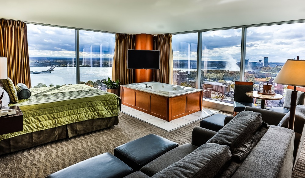 14 Popular Hotels With The Best View Of Niagara Falls Hotelscombined 14 Popular Hotels With The Best View Of Niagara Falls
