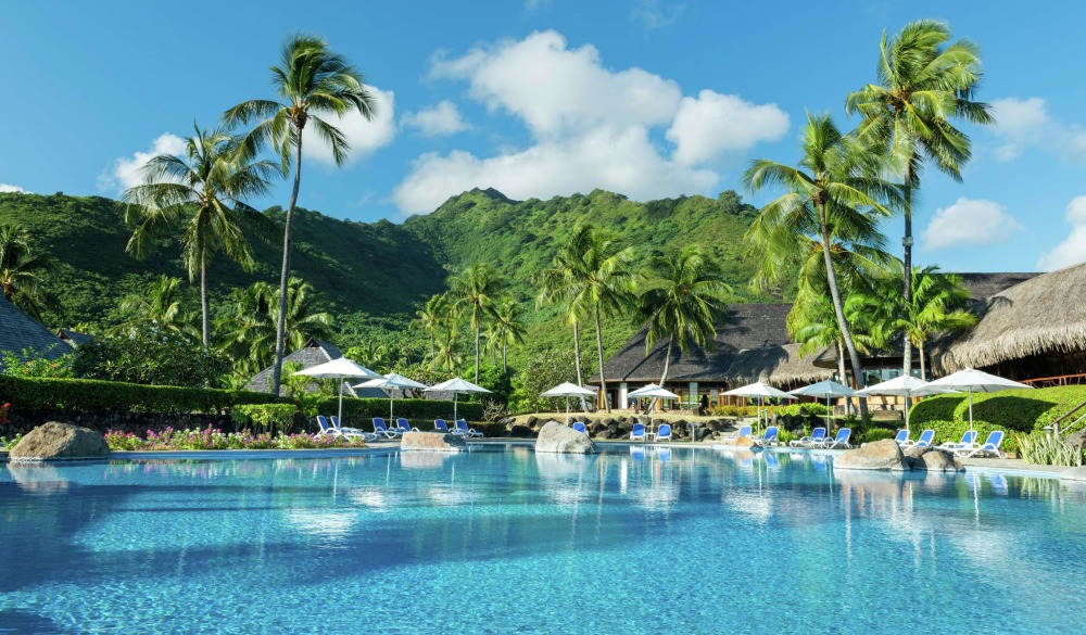 Hilton Moorea Lagoon Resort and Spa, resort on the water