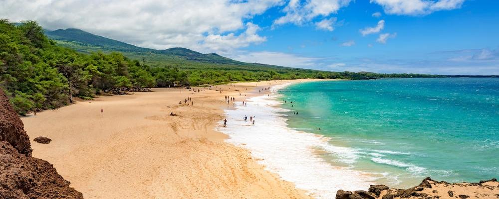 Big beach at Makena State Park on Maui, Hawaii