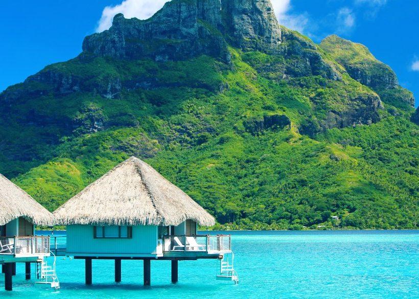 13 Best Bora Bora Resorts on the Water