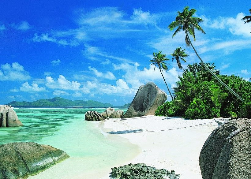 Top 14 Seychelles Resorts for Families