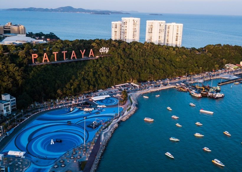 The Best Pattaya Nightlife: Where to Stay for Clubbing & Go-Go Bar Hopping