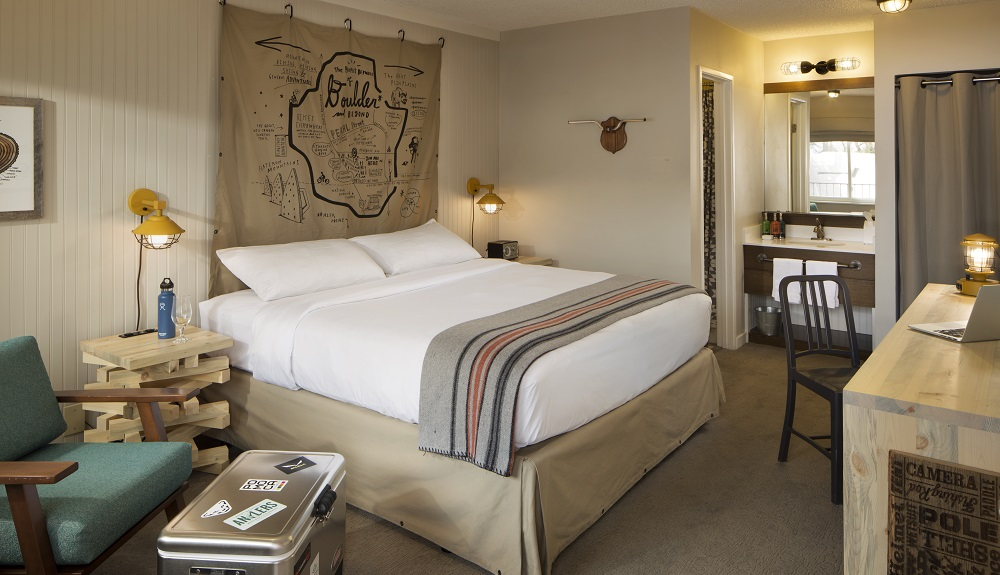 Basecamp Boulder, hotel for solo travel in the USA