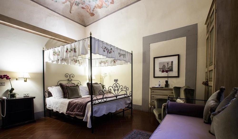 Hotel Burchianti, haunted hotels