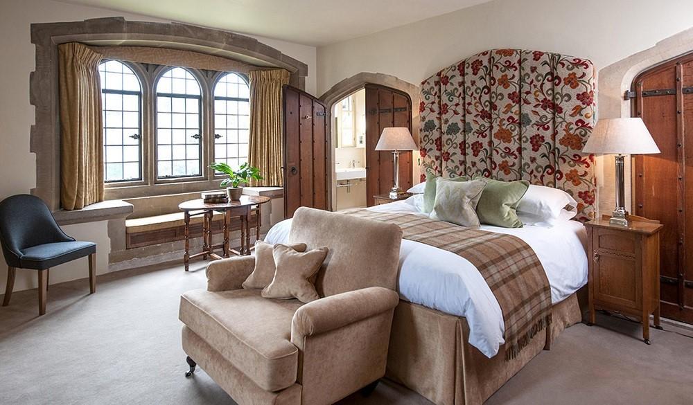 Amberley - Premier Deluxe room, romantic castle hotels