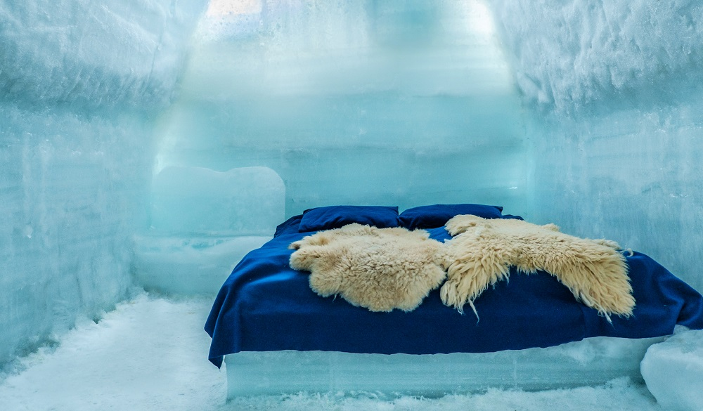 Ice Hotel Romania igloo hotel