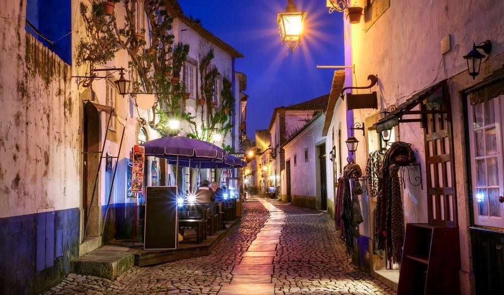 Obidos street at night