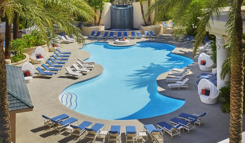 Four Seasons Hotel Las Vegas, Vegas hotels with private pools