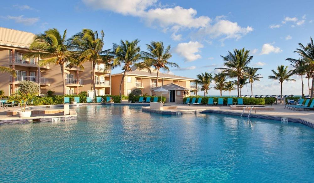 Grand Caymanian Resort, Grand Cayman family resort