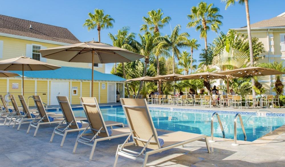 Sunshine Suites Resort, Grand Cayman Family resort