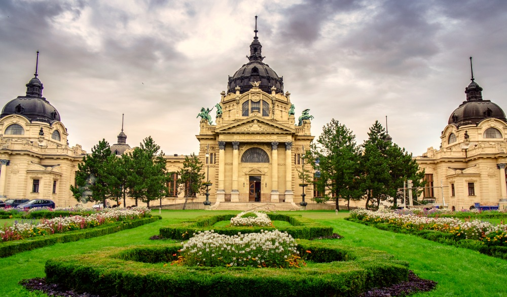 Szechenyi thermal Baths, spa and swimming pool