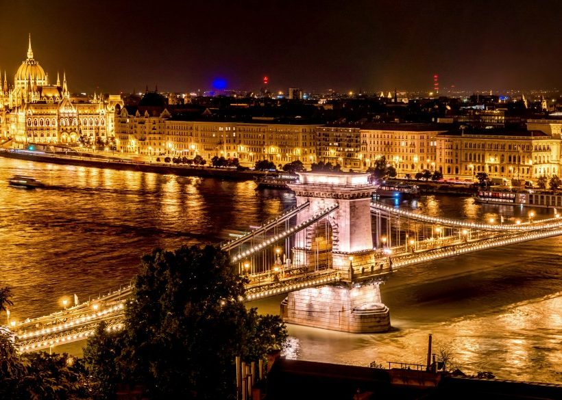 Top 15 Budapest Spa Hotels and the Nicest Thermal Baths Around