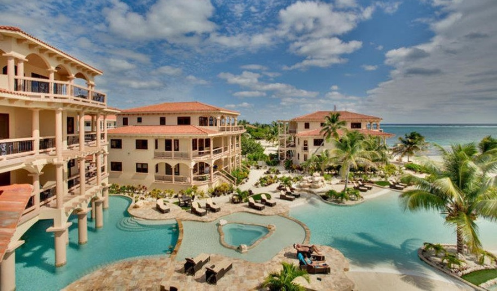 Coco Beach Resort Ambergris Caye, hotel for snorkelling