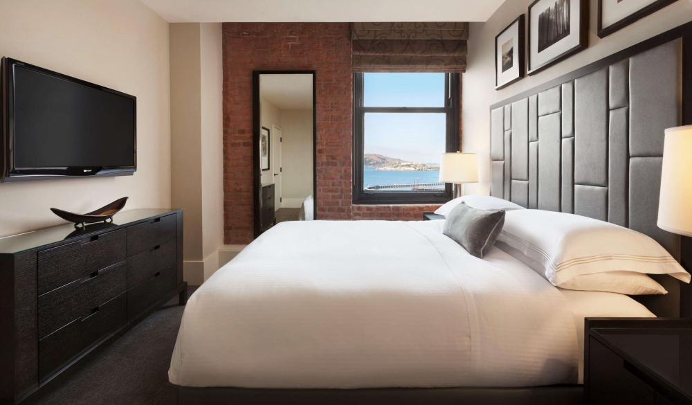 Fairmont Heritage Place, Ghirardelli Square, hotels close to fisherman's wharf