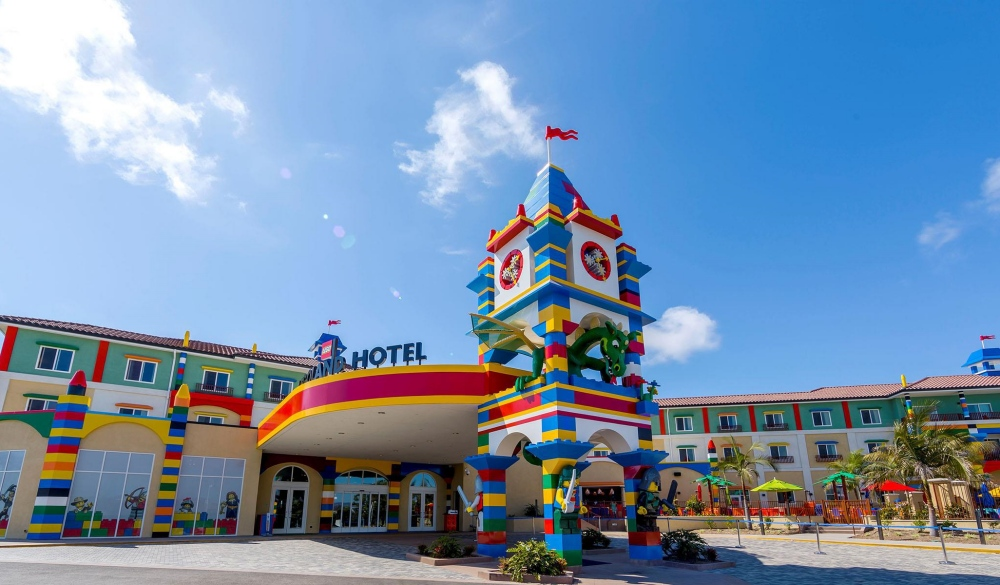 LEGOLAND California Resort and Castle Hotel, Carlsbad, big family suites