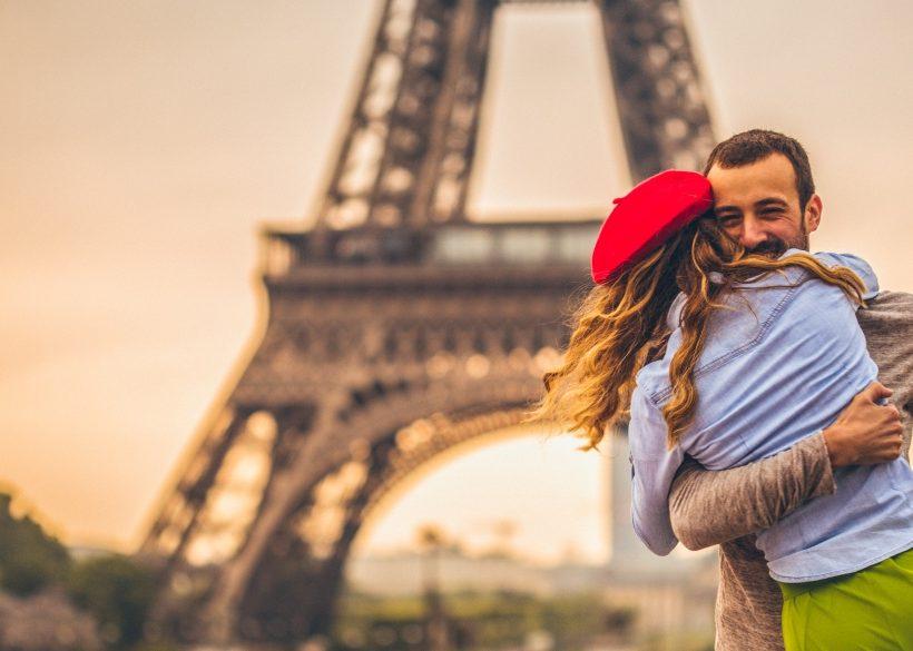 14 Romantic Paris Hotels Close to the Eiffel Tower