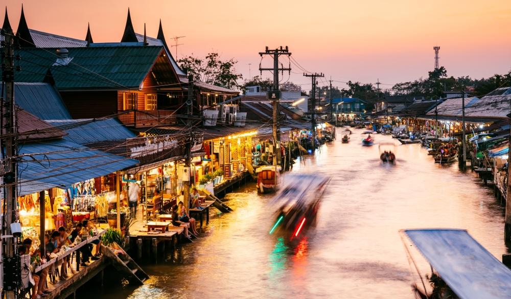 Amphawa floating market, Bangkok, Thailand