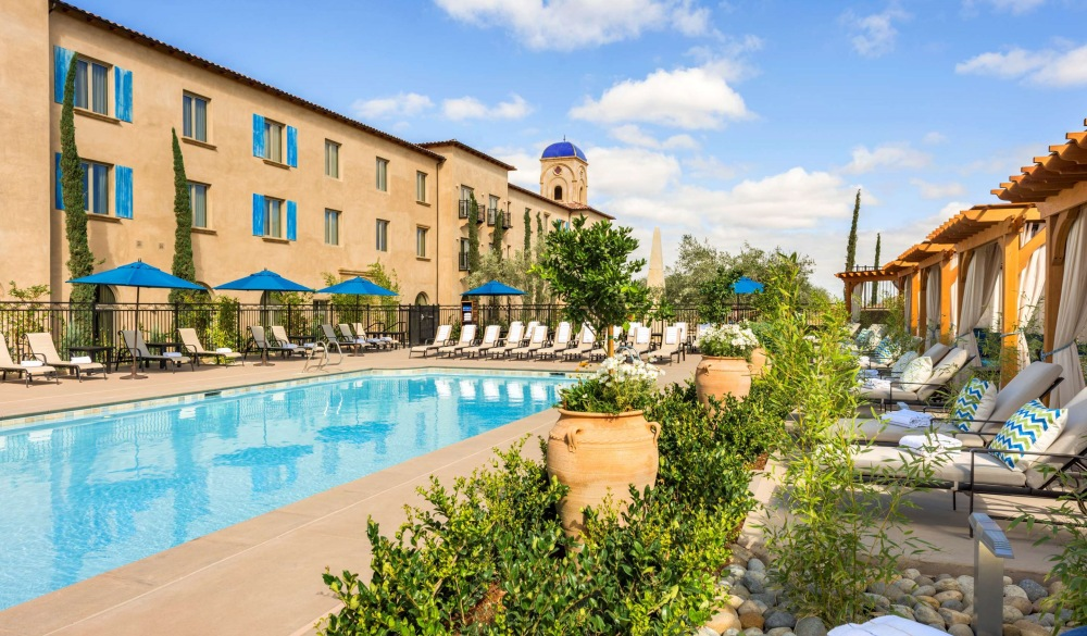 Allegretto Vineyard Resort Paso Robles, hotel to avoid crowds