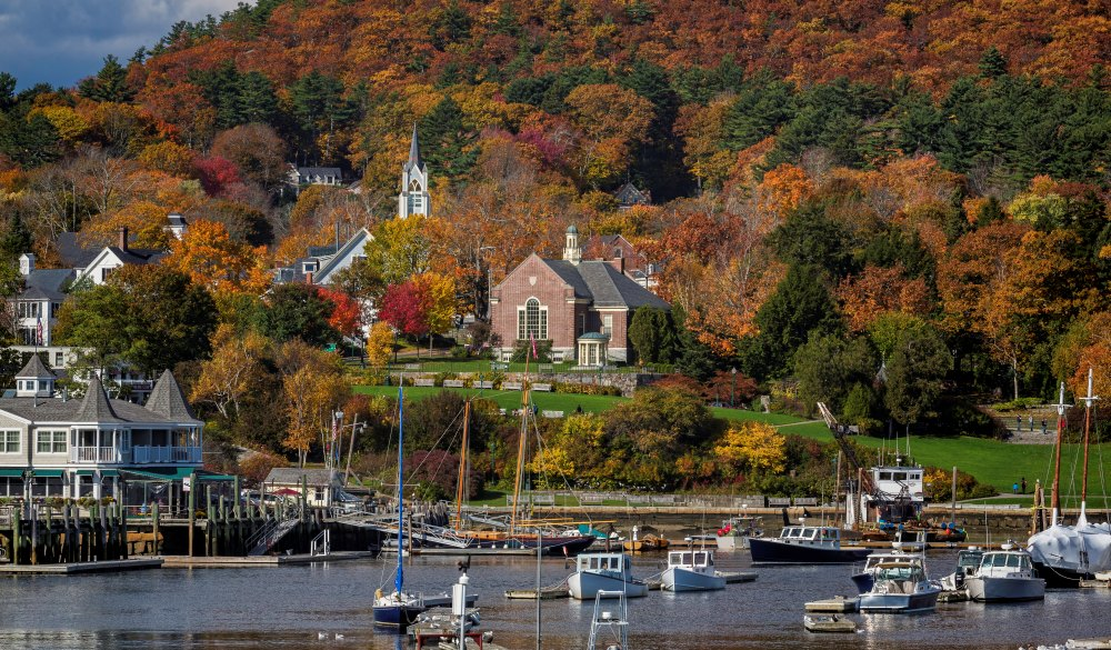 Fall scene at Camden, Maine, destination to avoid crowd